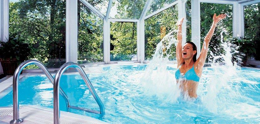 den-Spa Hotel Erika, Kitzbühel, Austria - Indoor pool.jpg